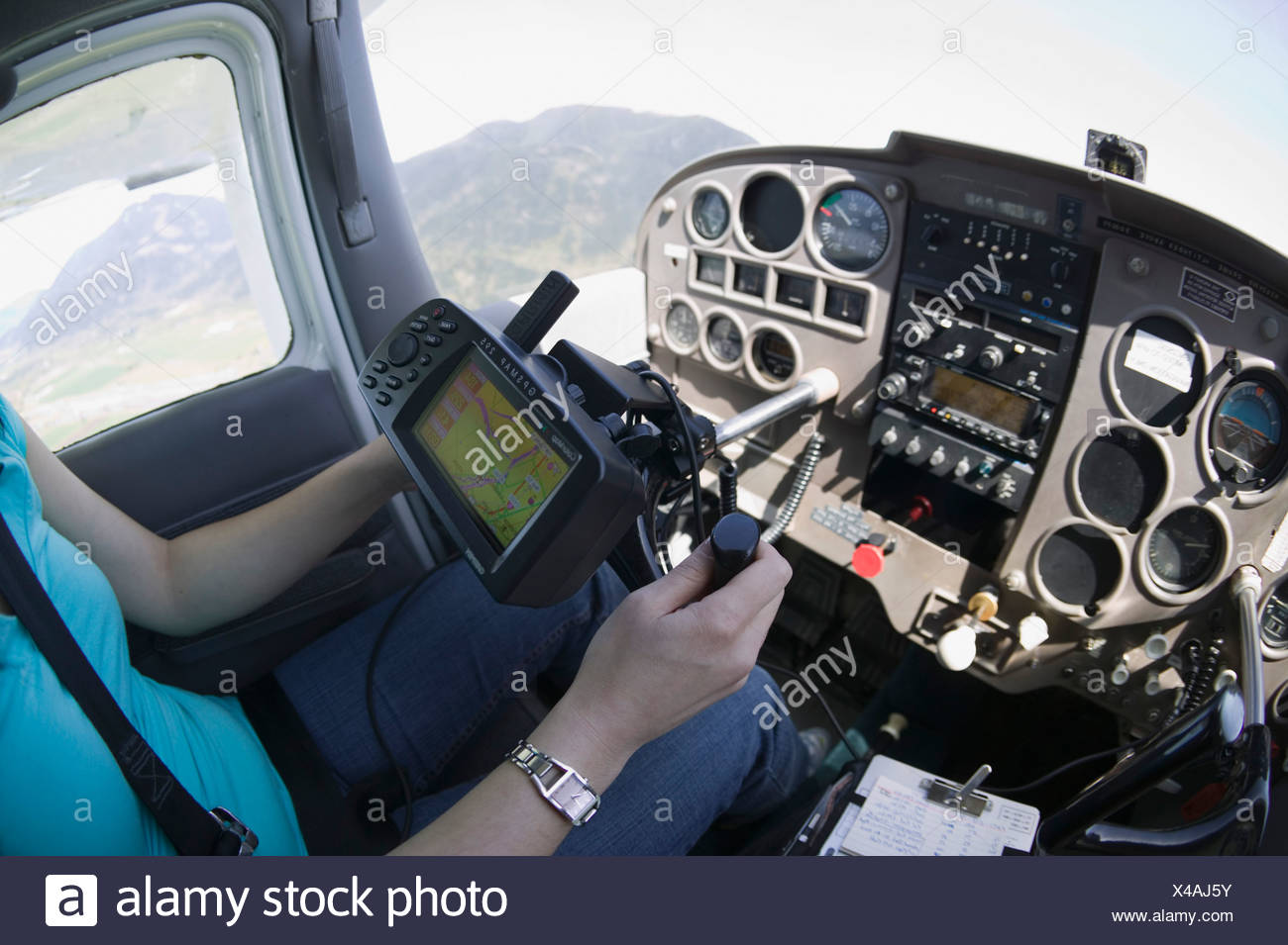 Woman Flying a Cessna 172 Stock Photo: 278058311 - Alamy