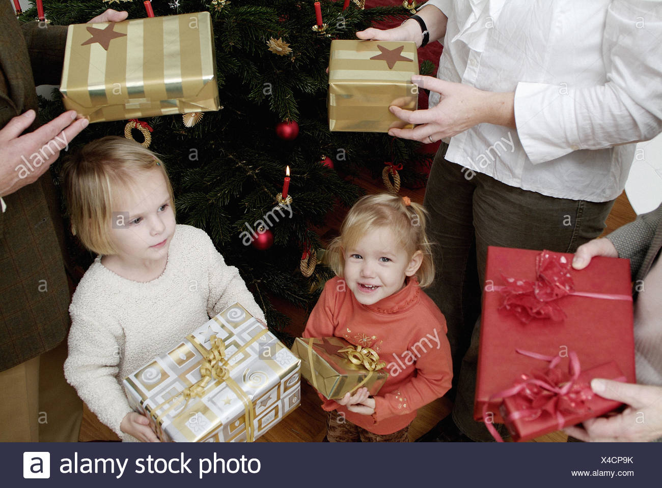 Christmas Gifts For Parents From Infants.Christmas Tree Family Presents Hold Detail Parents