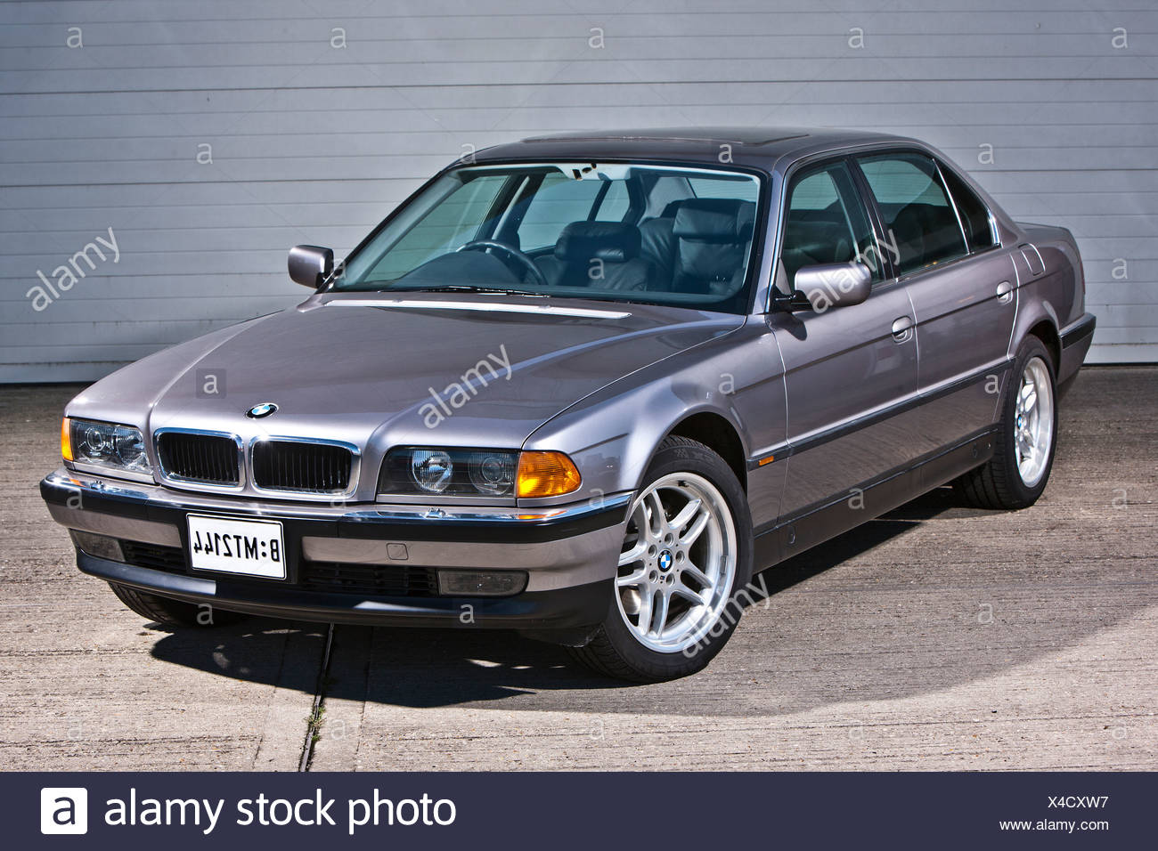 Bmw 7 High Resolution Stock Photography And Images Alamy