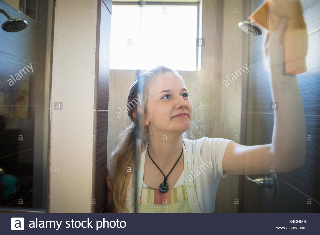 Bathroom Cleaner Stock Photos Amp Bathroom Cleaner Stock
