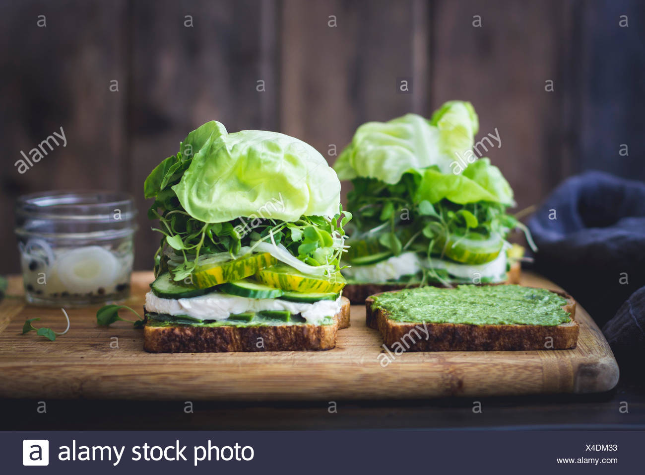 Green vegetable salad sandwich - Stock Image