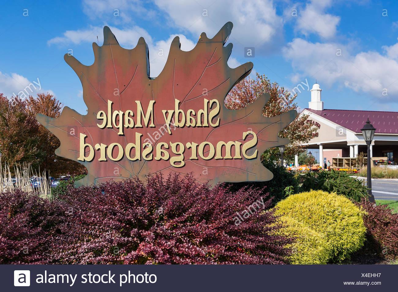 Shady Maple Smorgasbord, East Earl, Lancaster, Pennsylvania, USA Stock Photo