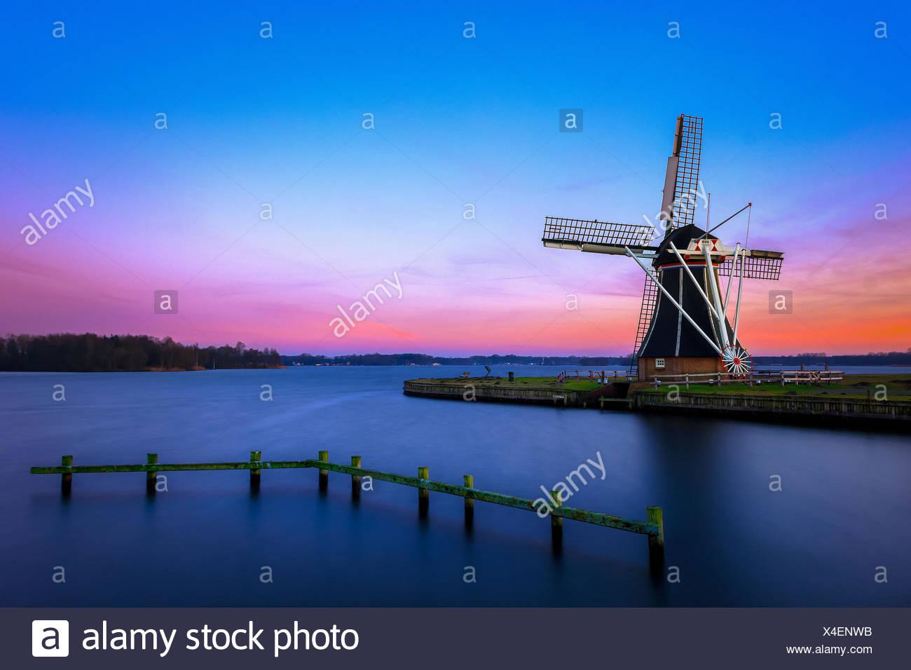 Sunrise at the 'helper Molden' near Groningen - Stock Image