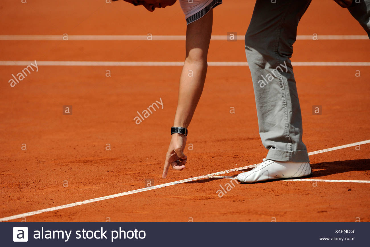 Controversial referee's decision in tennis - Stock Image