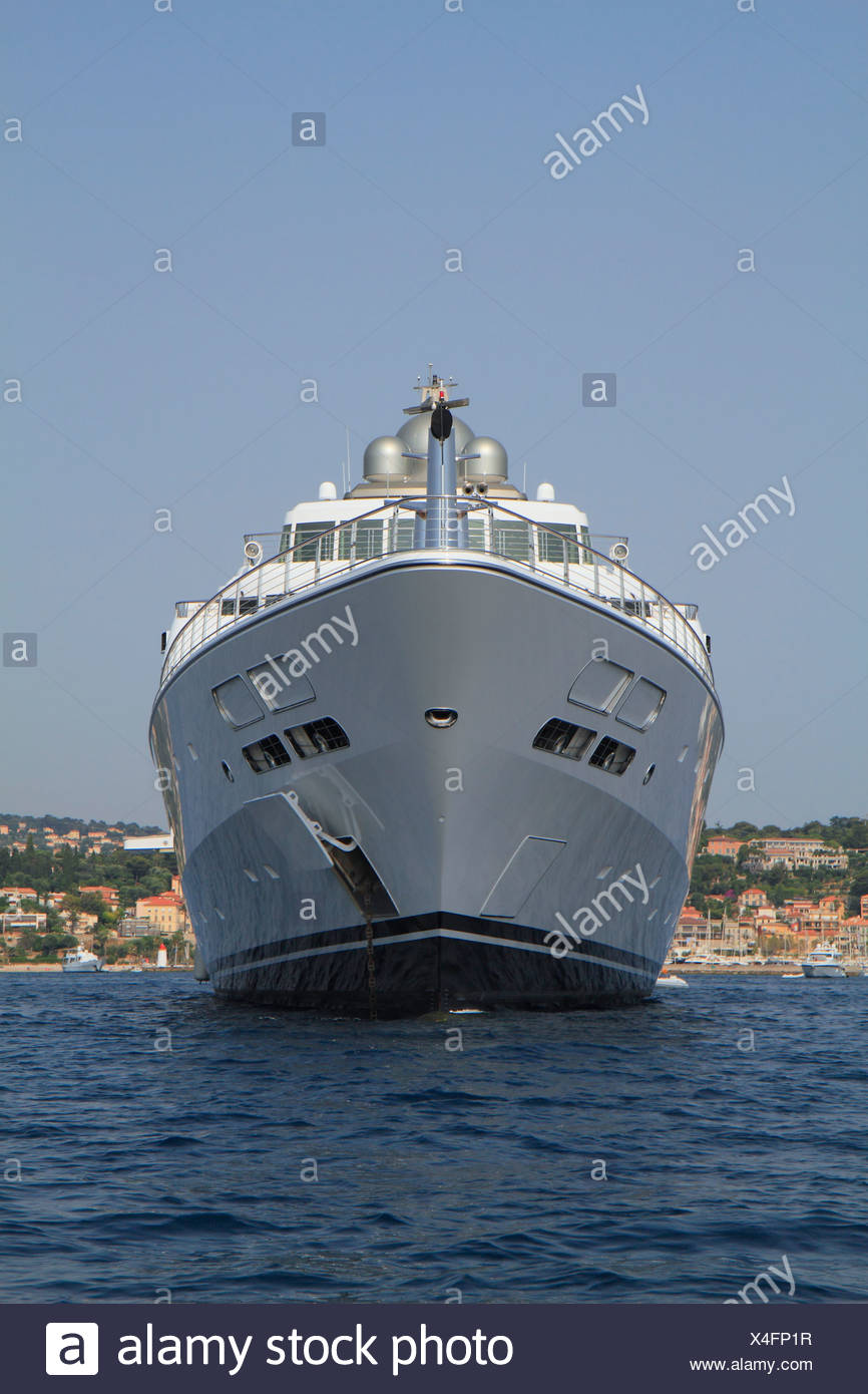 Rising Sun, a cruiser built by Luerssen Yachts, length: 138 meters, built in 2004, Cap Ferrat, French Riviera, France - Stock Image