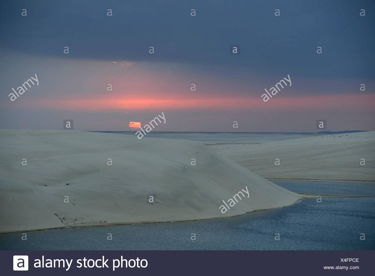 Sunset, Inland Sea, desert miracle of Qatar, Khor Al Udeid Beach, auch Khor El Deid, Inland Sea, Wüstenwunder von Katar, Qatar - Stock Image