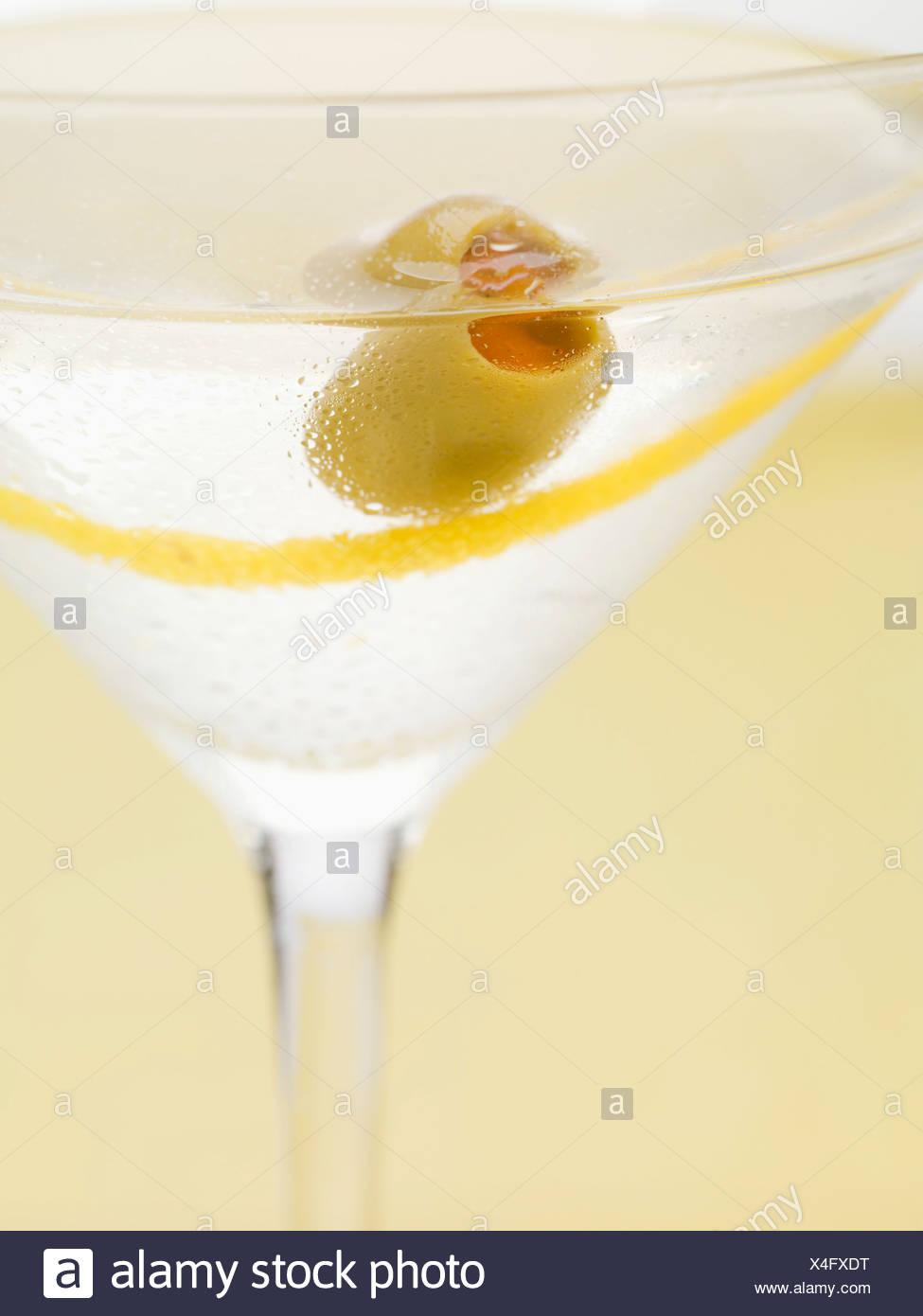 b5decda90a2c Martini with olive and lemon zest (close-up Stock Photo  278174564 ...