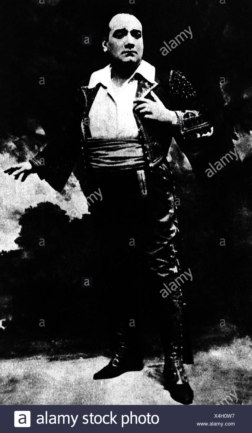 Caruso, Enrico, 27.2.1873 - 2.8.1921, Italian singer, in the opera 'Carmen' by George Bizet, , Additional-Rights-Clearances-NA - Stock Image