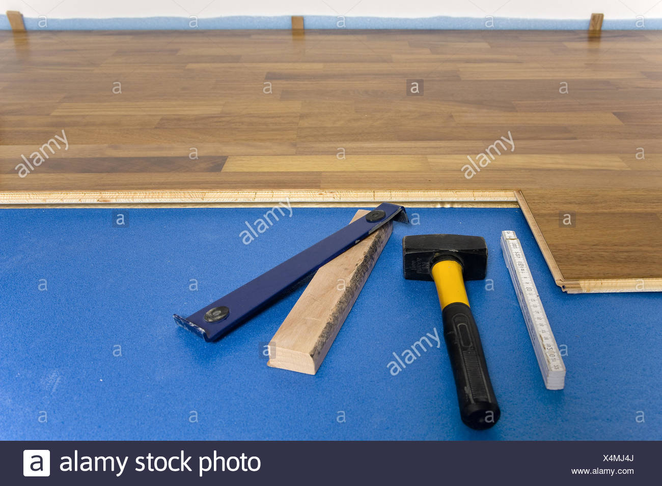 Holzfußboden Click ~ Tools lay finished stalls stalls finished stalls clickparkett