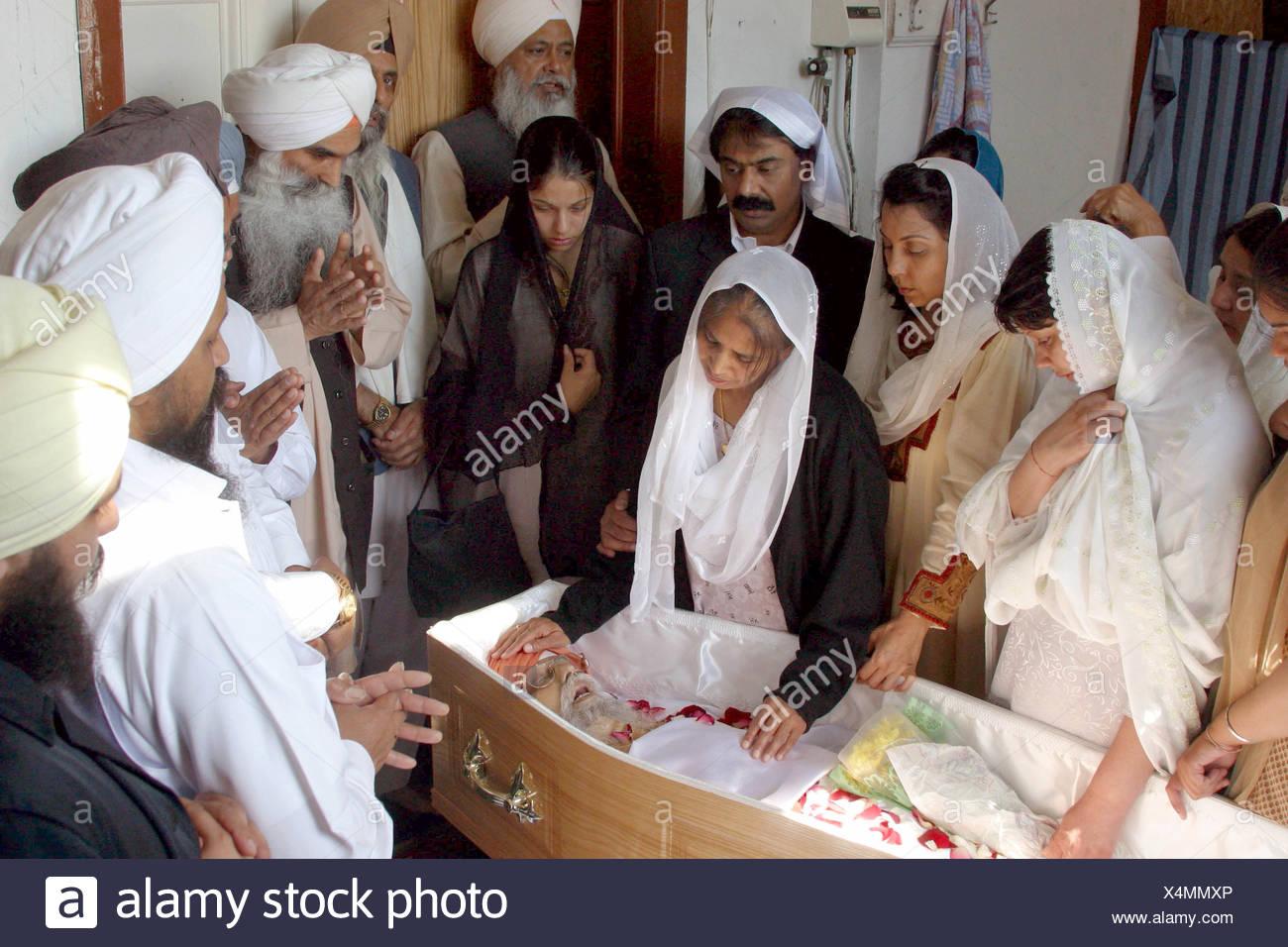 Bardford sikh funeral stock photos bardford sikh funeral stock bardford sikh funeral stock image izmirmasajfo