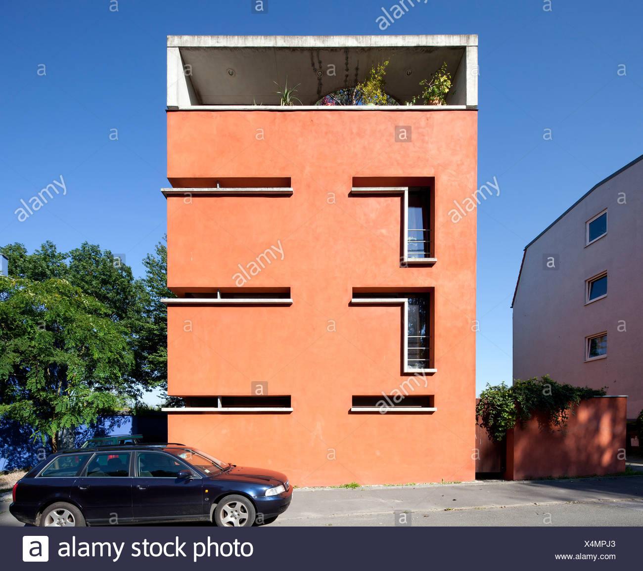 Red House, Tremonia Houses of Architects, Dortmund, Ruhr Area, North Rhine-Westphalia, Germany, Europe, PublicGround - Stock Image