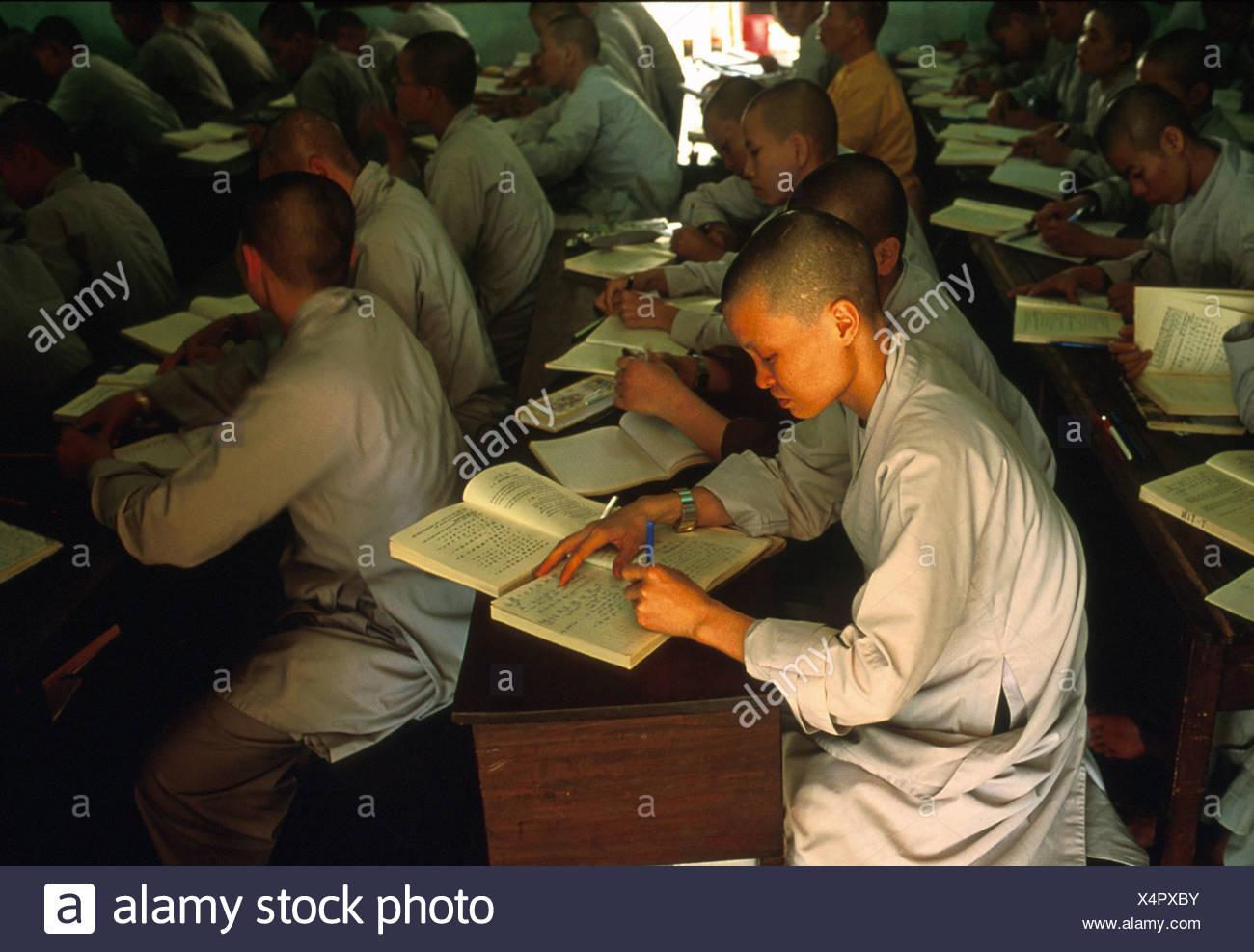 Buddhistische Klosterschueler, Saigon Vietnam - Stock Image