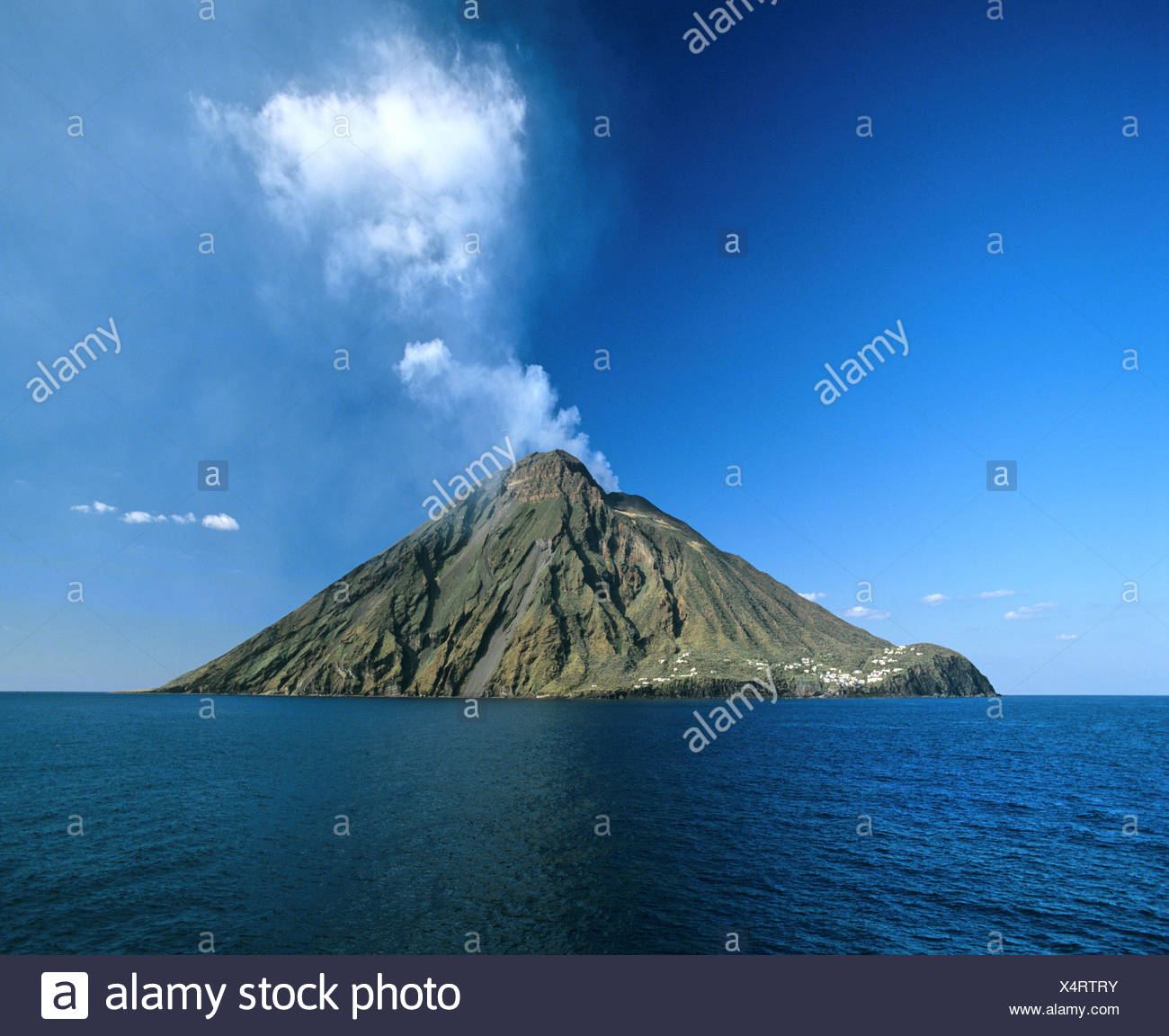 Stromboli Island, volcano, eruption, clouds of ash, Aeolian Islands, Sicily, Italy - Stock Image