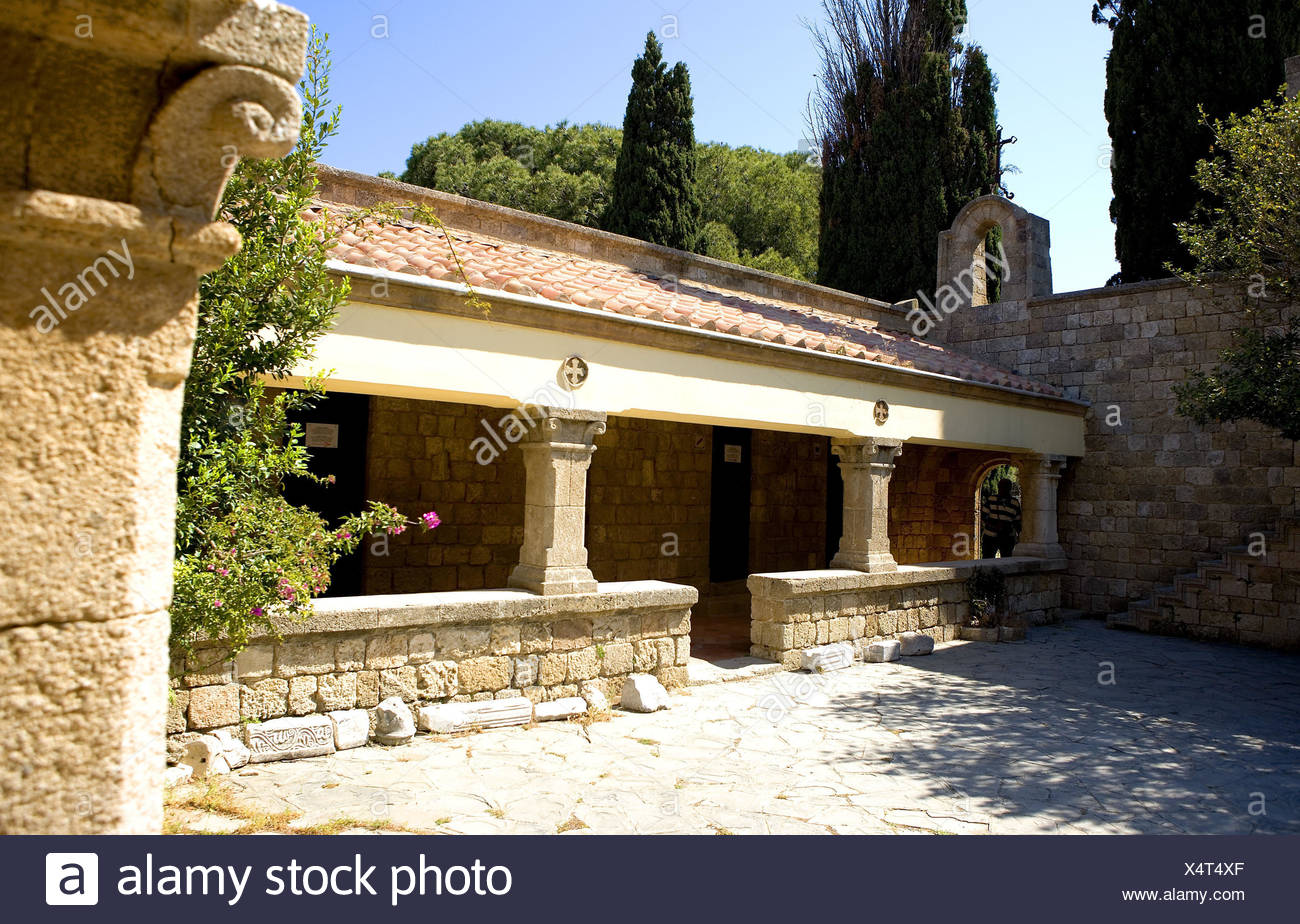 Greece, Rhodes, Filerimos, minster Filerimos, inner courtyard, colonnade, minster, church, inner courtyard, outside, walk, roofs, defensive wall, stone defensive wall, - Stock Image