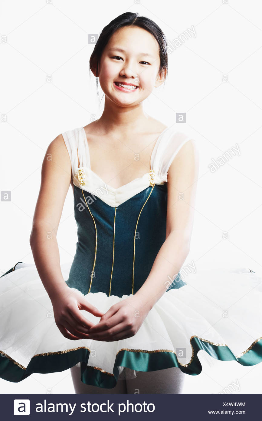 Portrait of a teenage girl performing ballet - Stock Image