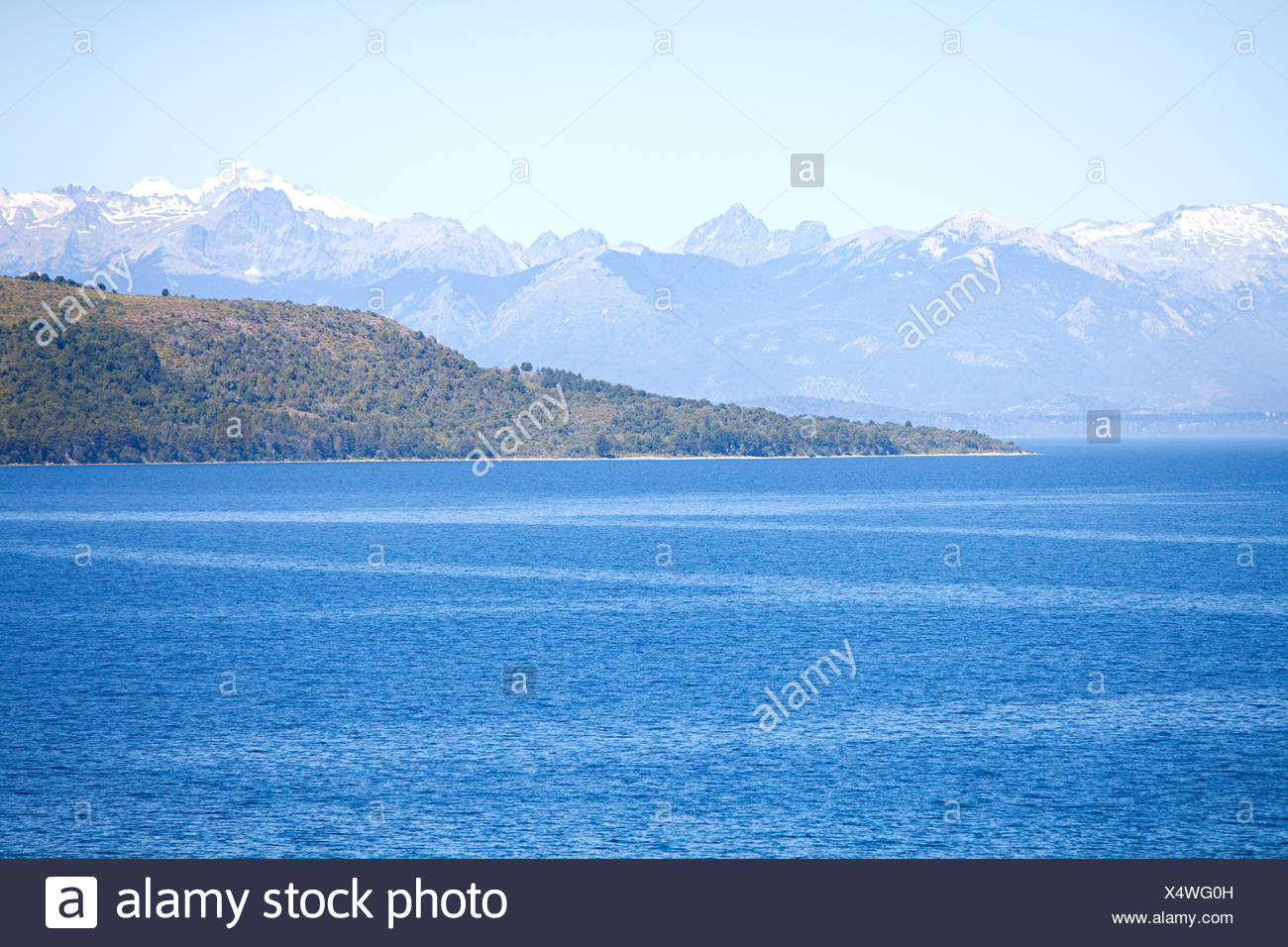 Lake and mountains in argentina - Stock Image