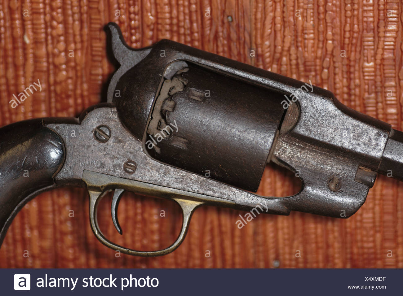Old Colt cap and ball revolver pistol Stock Photo: 278411323 - Alamy