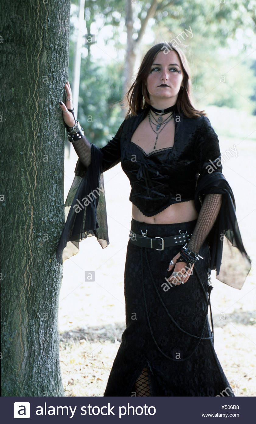 Teen goth, wearing gothic apparel . - Stock Image