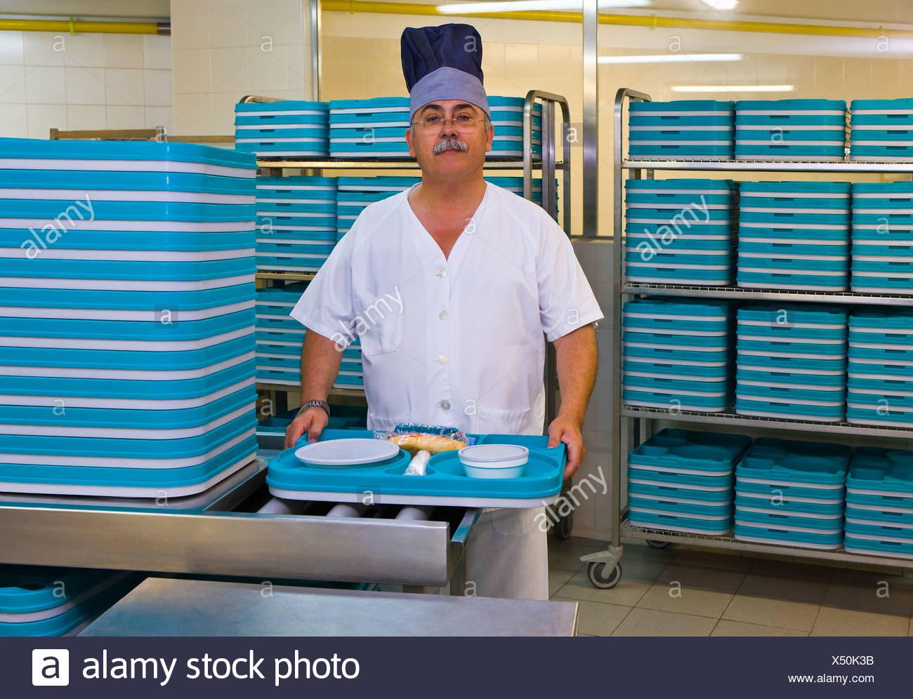 Kitchen Porter Stock Photos & Kitchen Porter Stock Images - Alamy