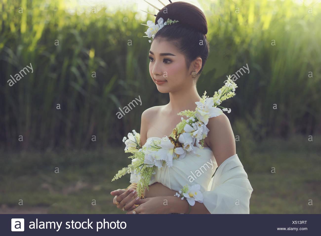 Portrait of a glamorous woman - Stock Image