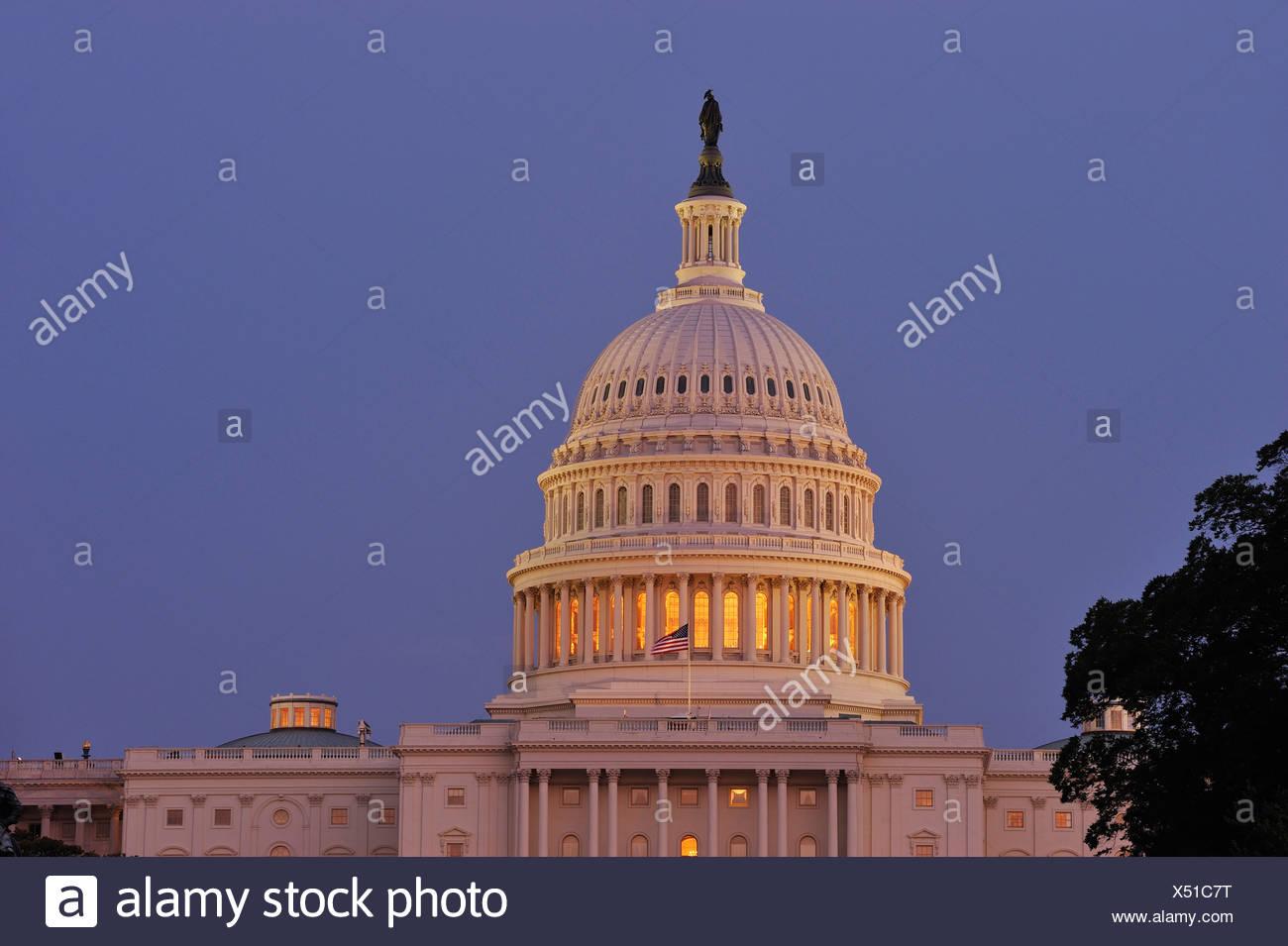 U.S. Capitol, The Mall, Washington D.C., District of Columbia, USA, United States, America, dome, night - Stock Image