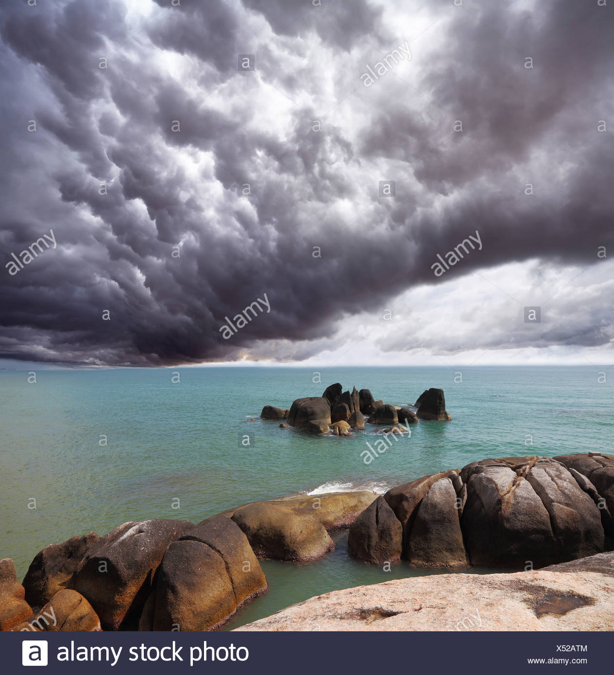 Storm cloud over the southern sea - Stock Image