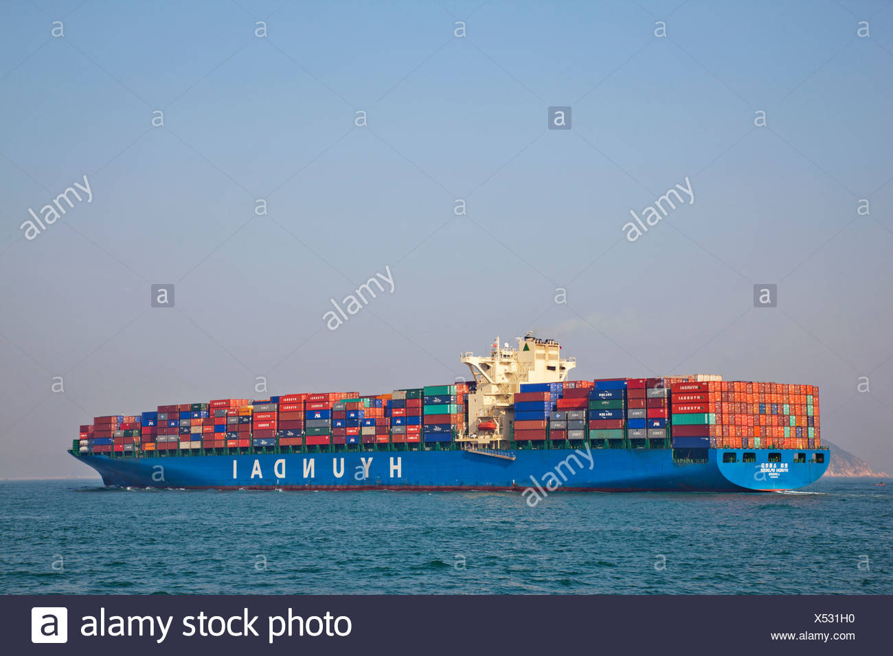 Asia, China, Hong Kong, Container Ship, Ships, Shipping, Containers, Trade, Commerce, Cargo, Freight, Sea Cargo, Sea Freight, Se - Stock Image