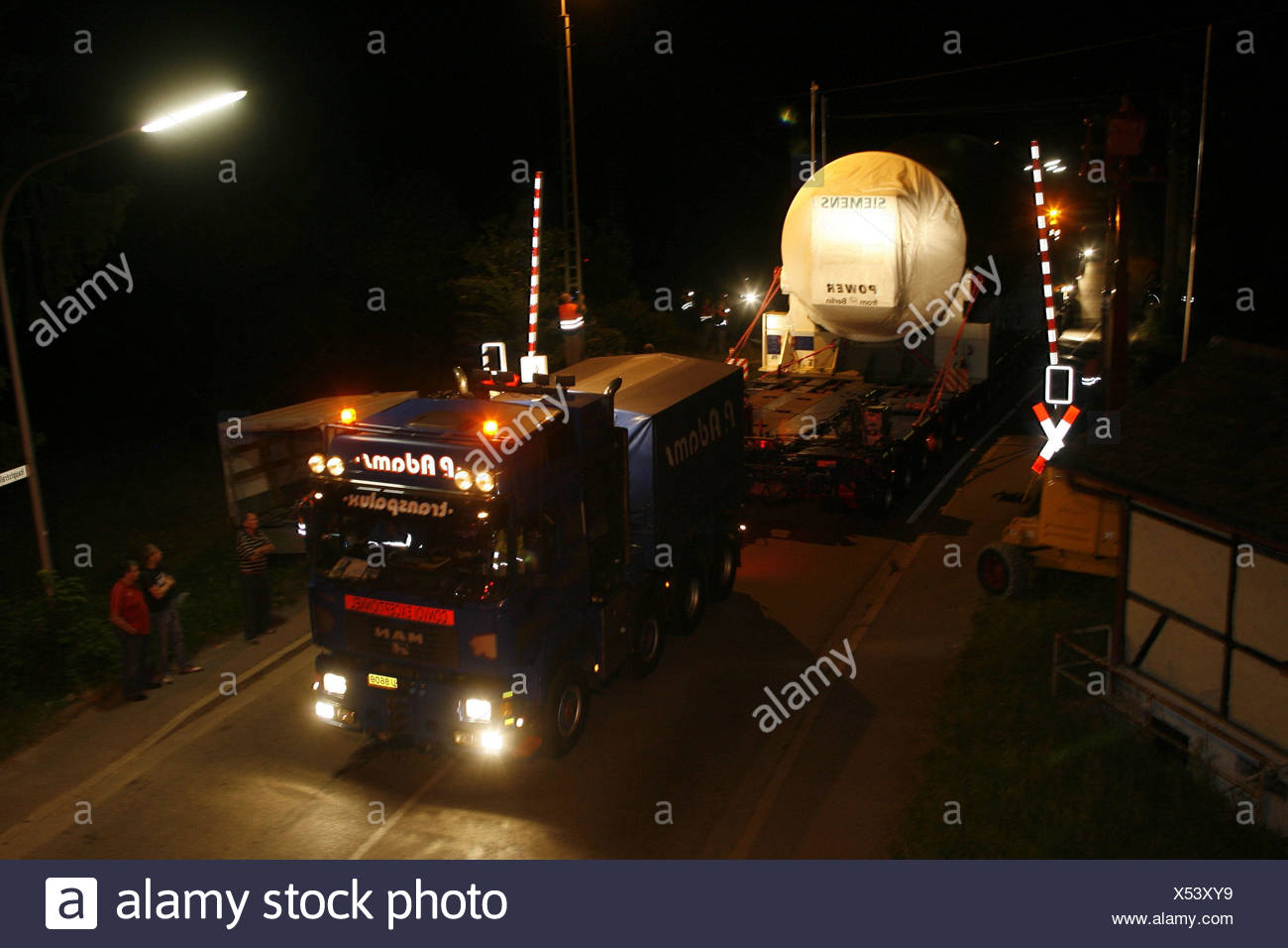 Severe load transport, power station cuts - Stock Image