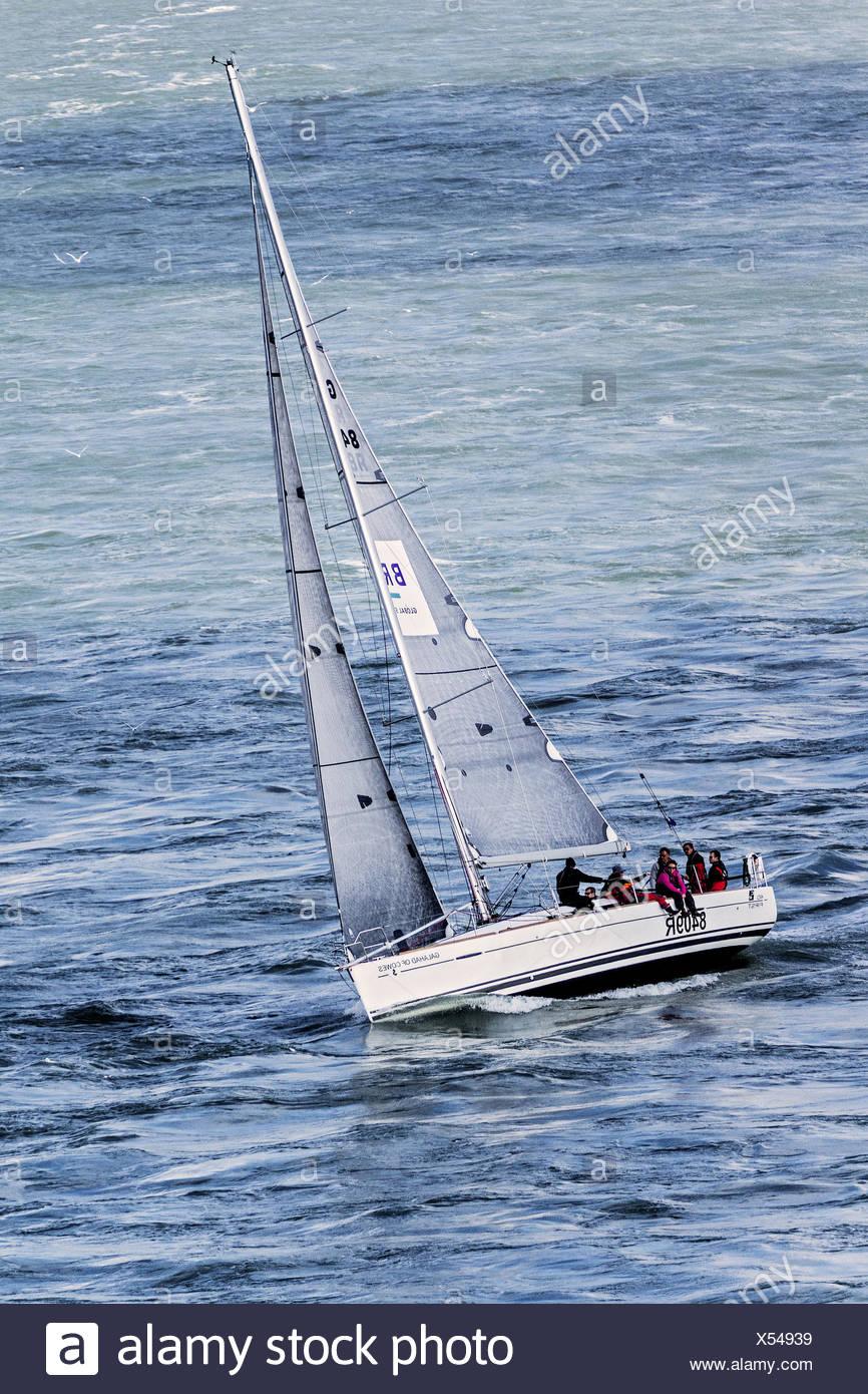Yacht Heeling Into The Wind Off Southampton UK - Stock Image