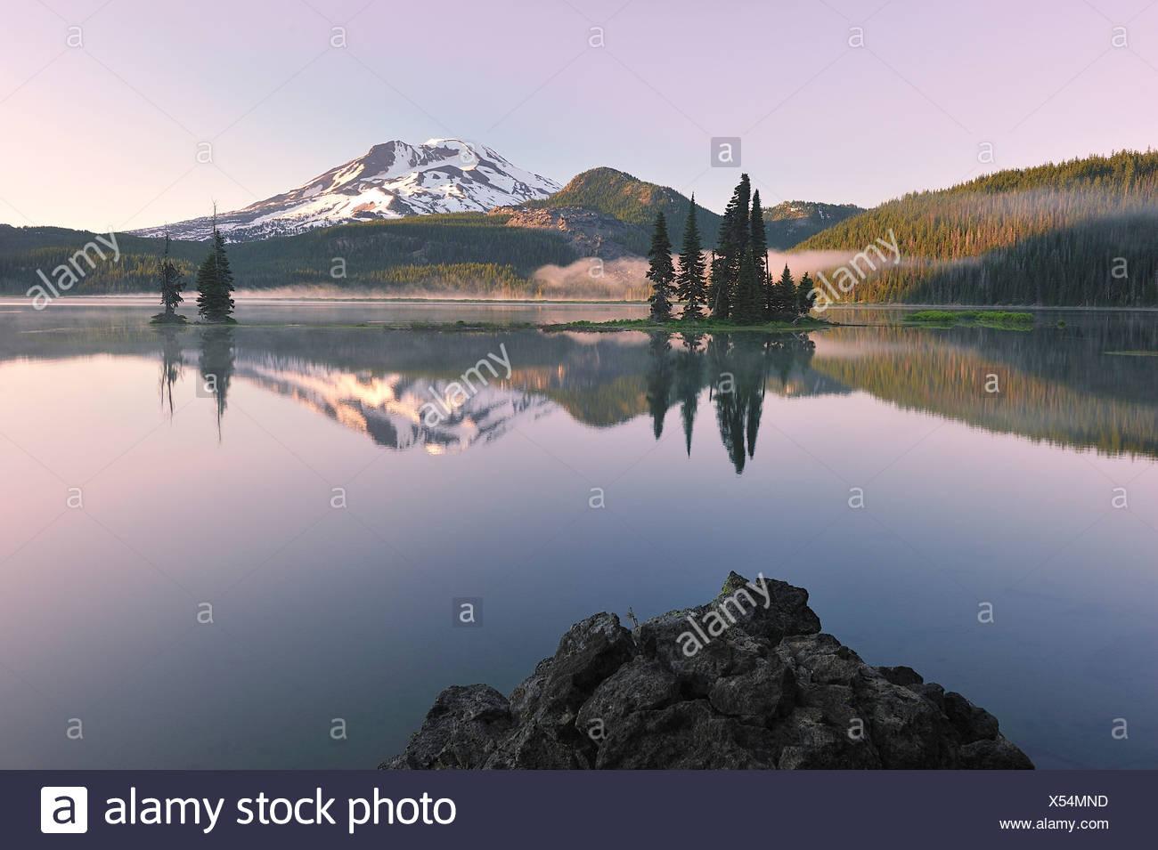 Sparks Lake,central Oregon,USA - Stock Image