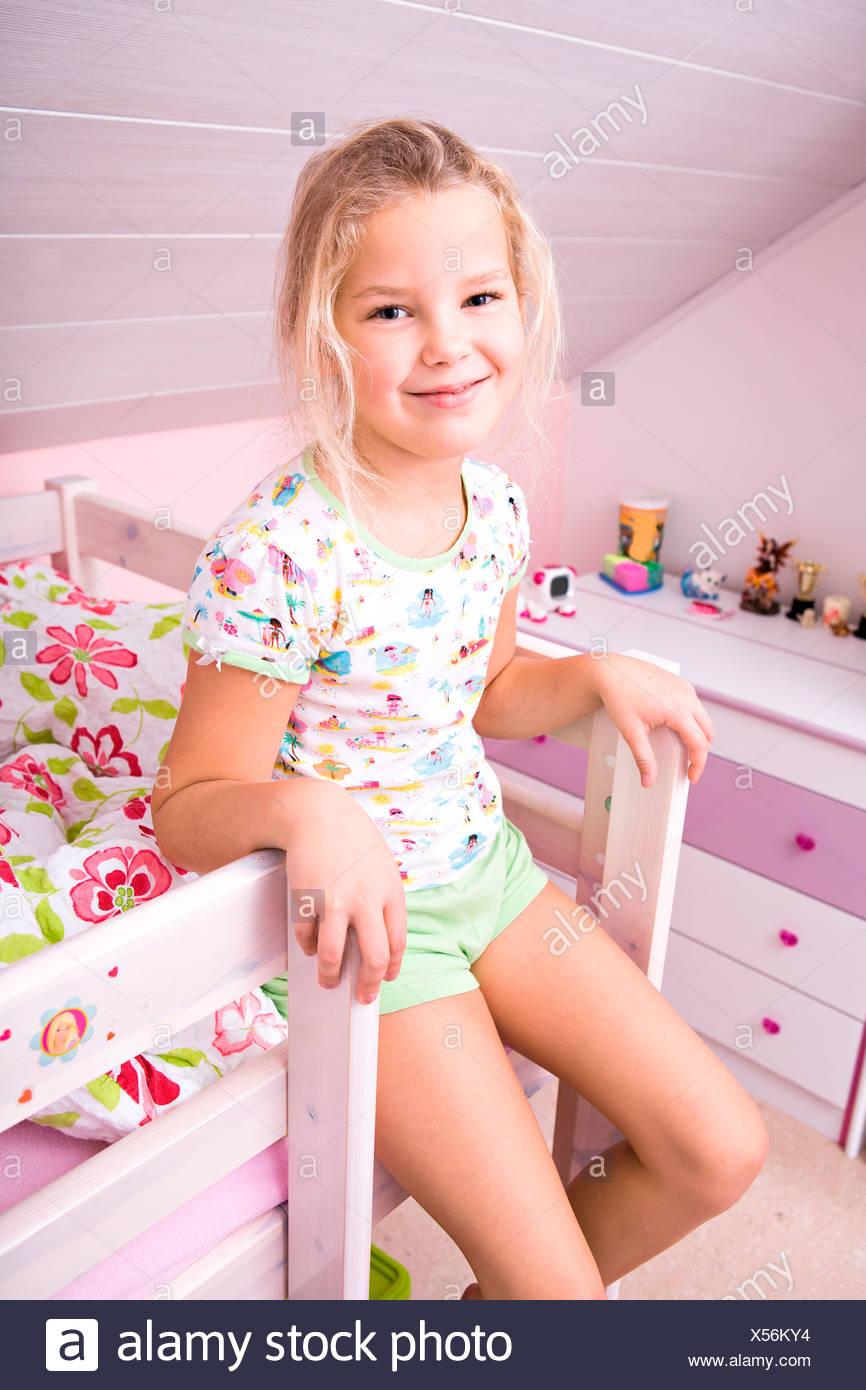 little girl up FeaturePics.com