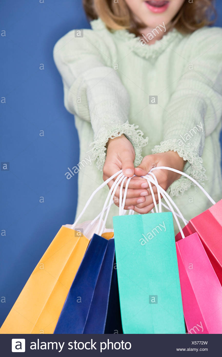 Young girl shopping - Stock Image