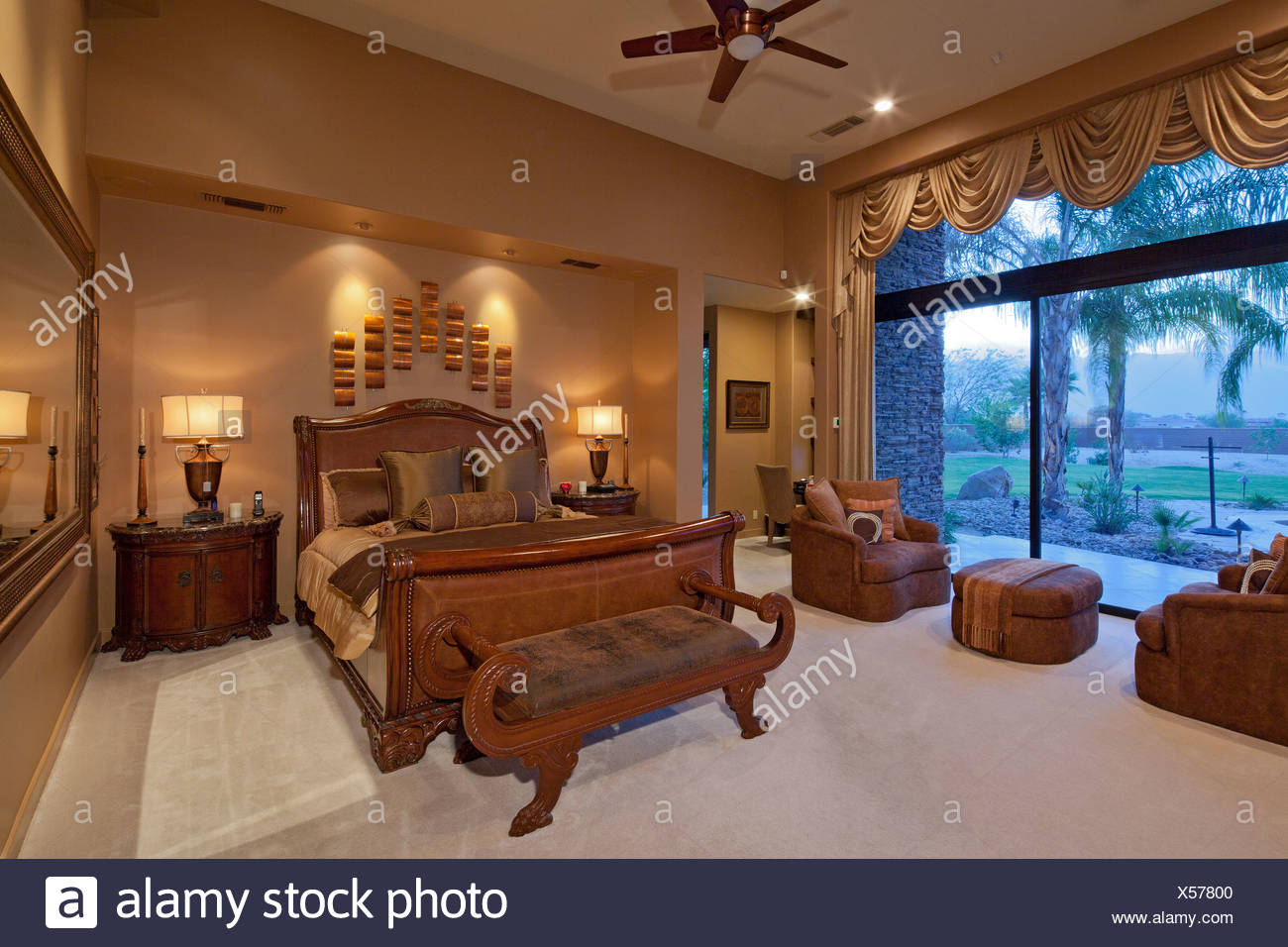 Elegant luxurious bedroom - Stock Image