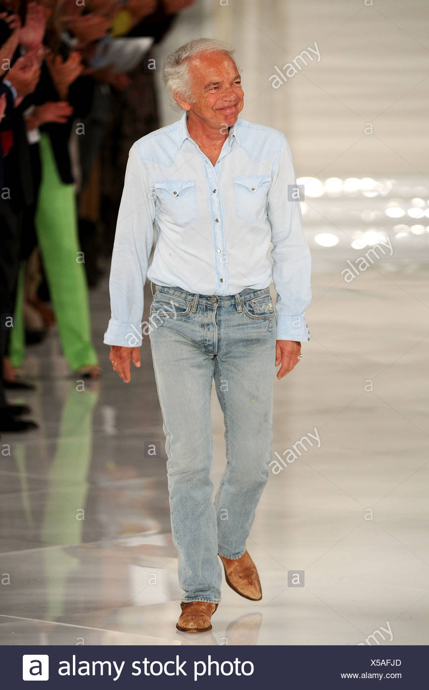 Ralph Lauren New York Ready To Wear Spring Summer 2012 Fashion Designer Ralph Lauren Stock Photo Alamy