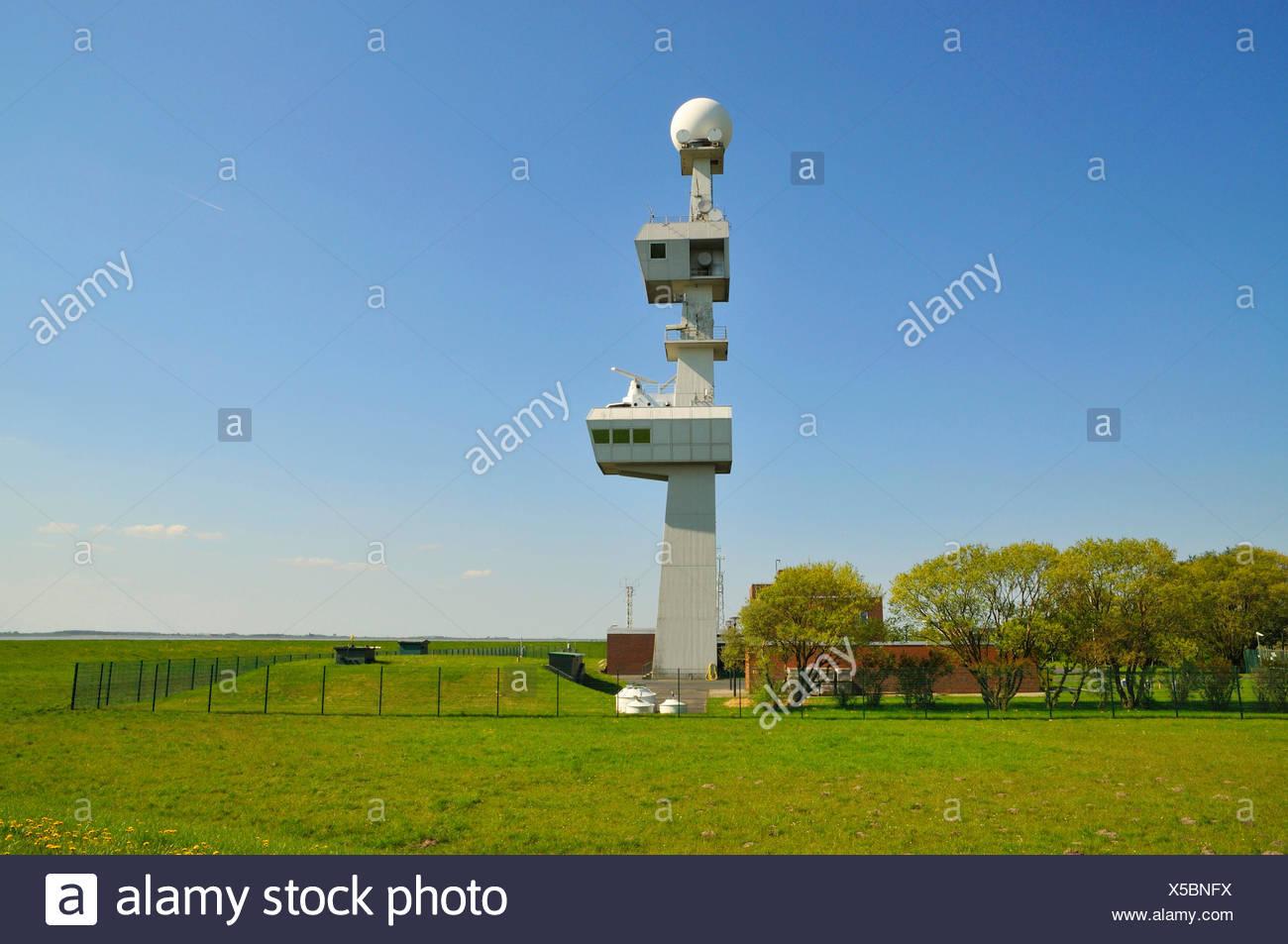 Radarstation Knock, moderner Leucht- und Radarturm der Verkehrszentrale Ems, Deutschland, Niedersachsen, Knock, Emden   radar st - Stock Image