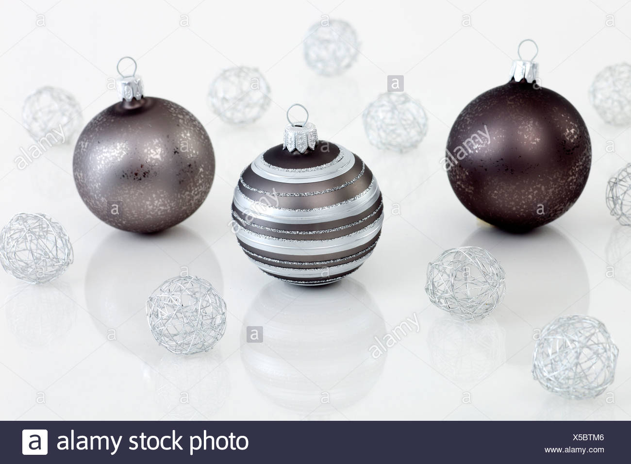 Wire Ball Stock Photos & Wire Ball Stock Images - Alamy