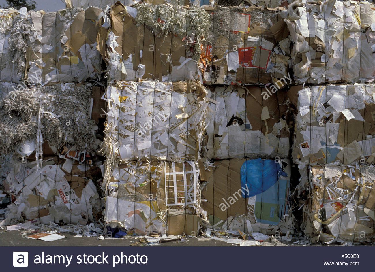 Big pile of pressed waste paper bales Stock Photo: 278702992