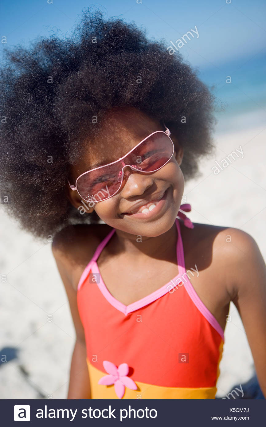 Smiling Red Swimsuit Beach Sunglasses Girl 10 Sitting On In 8 And wZPiuXTOk