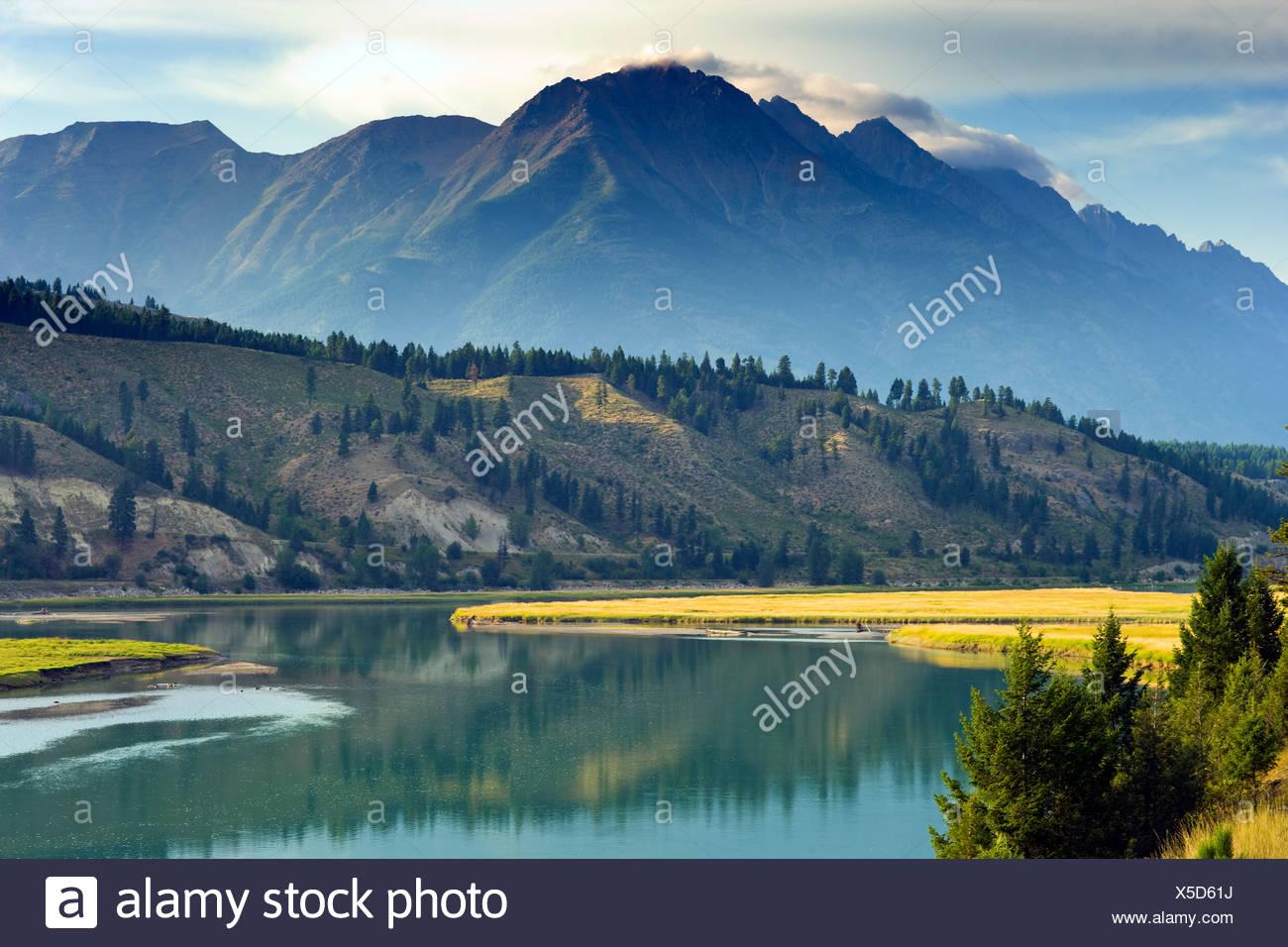 Kootenay River, British Columbia, Canada, mountain - Stock Image