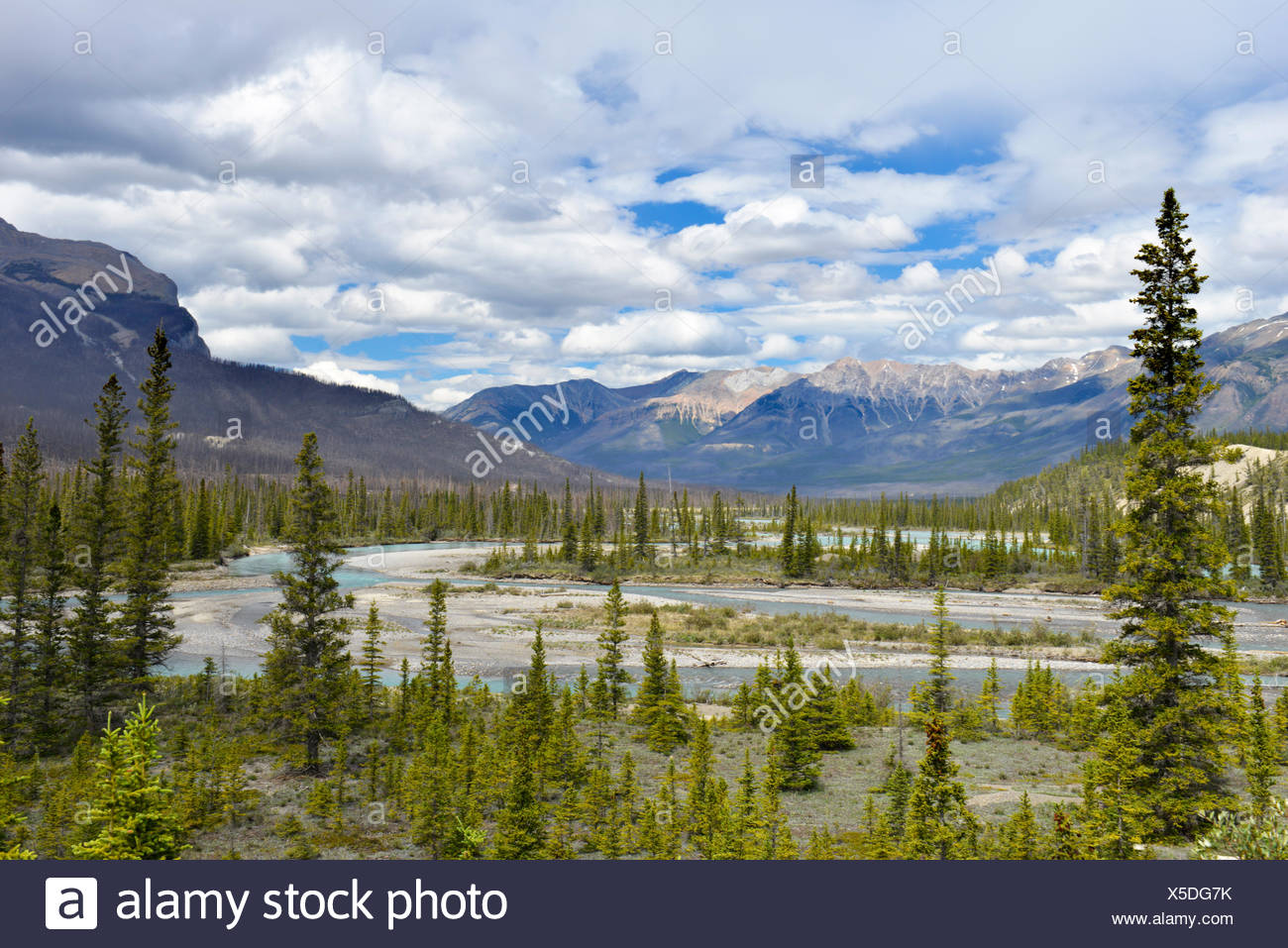 Saskatchewan River Crossing on the Icefields Parkway, Jasper National Park, Canada. - Stock Image