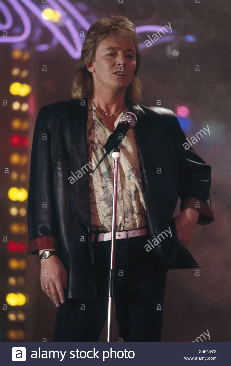 Norman, Chris, * 25.10.1950, British singer, half length, on stage, 1990s, Additional-Rights-Clearances-NA - Stock Image