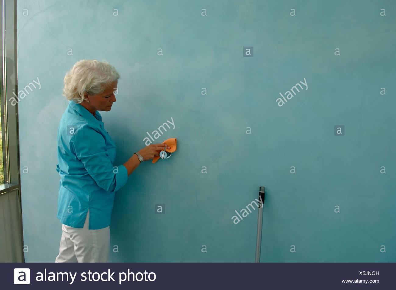 Single Seniors Stock Photos & Single Seniors Stock Images - Alamy