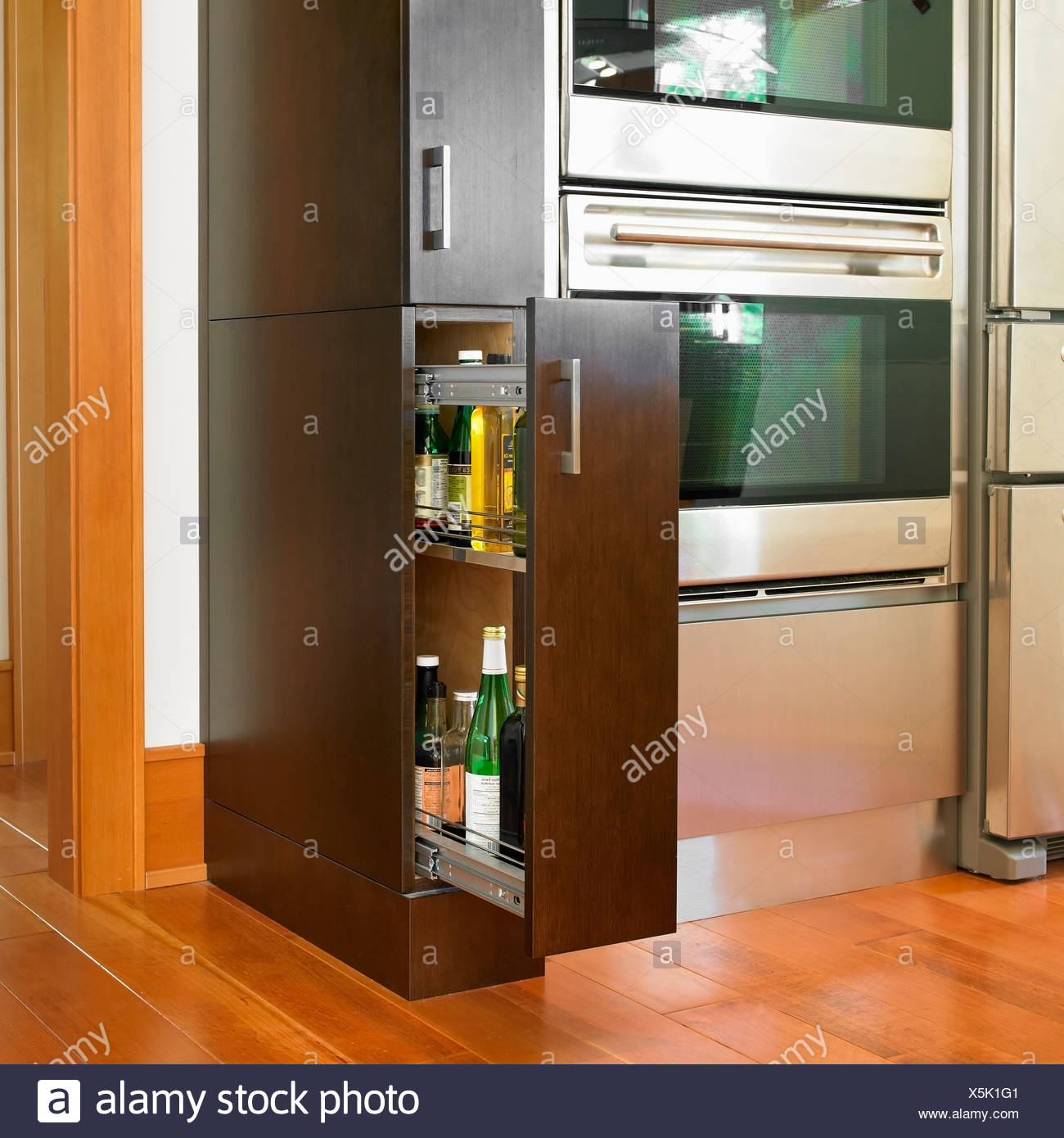 Contemporary Kitchen Cabinet With Stainless Steel Appliances Victoria Vancouver Island British Columbia Canada Stock Photo Alamy