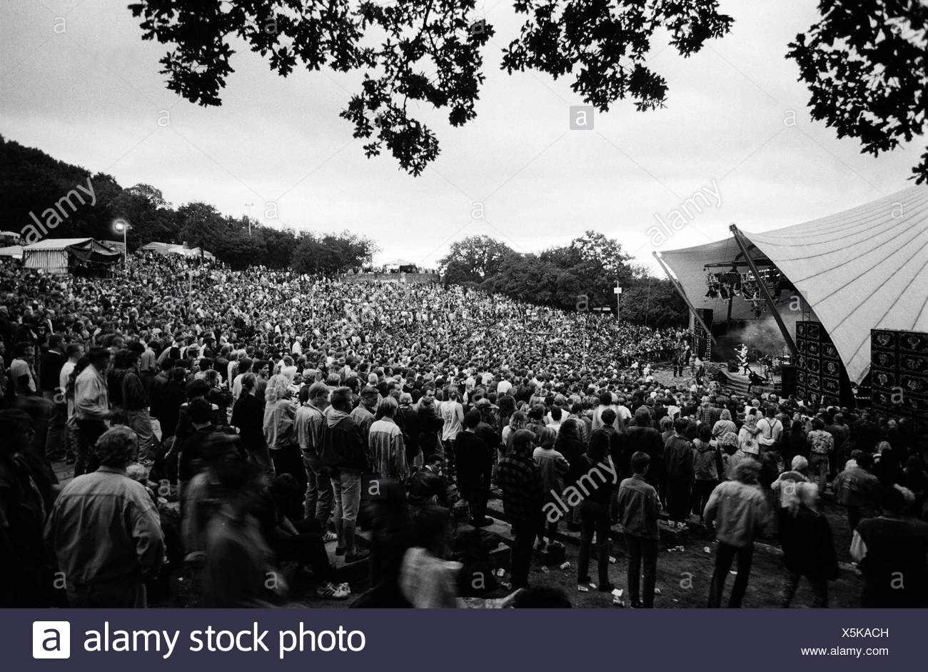 Concert of the rock group 'Simple Minds' on 01.09.1991 at the Loreley open-air stage, St. Goarshausen, Rhineland-Palatinate - Stock Image