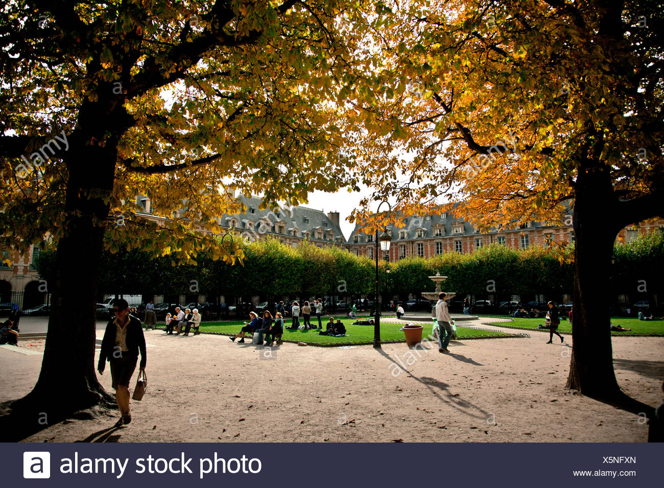 Place des Vosges square, Le Marais, Ile de France, Paris, France, Europe - Stock Image