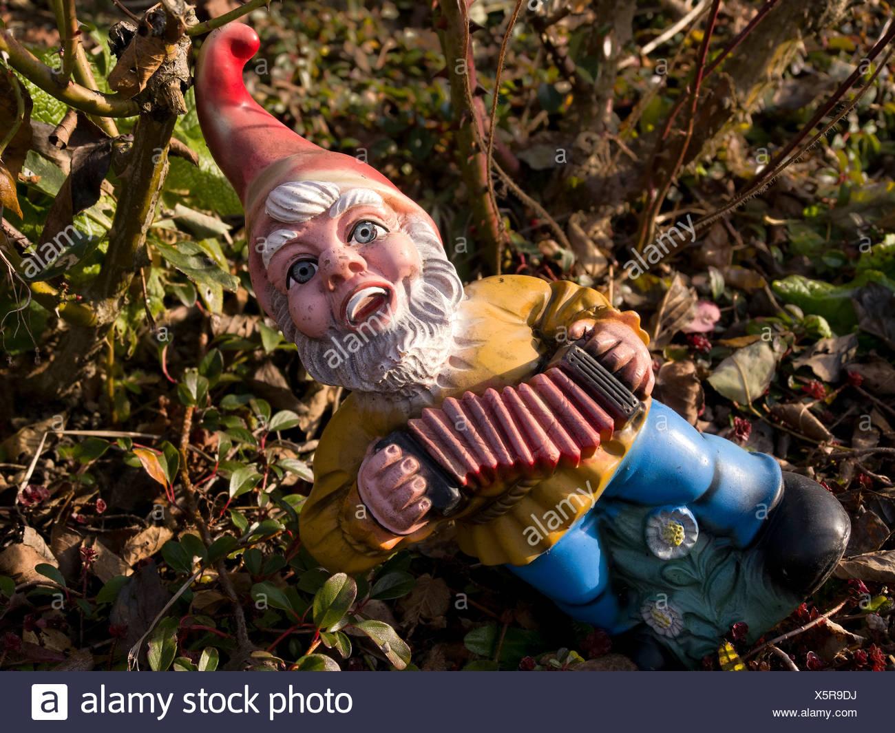 Garden Goblin Stock Photos & Garden Goblin Stock Images - Alamy