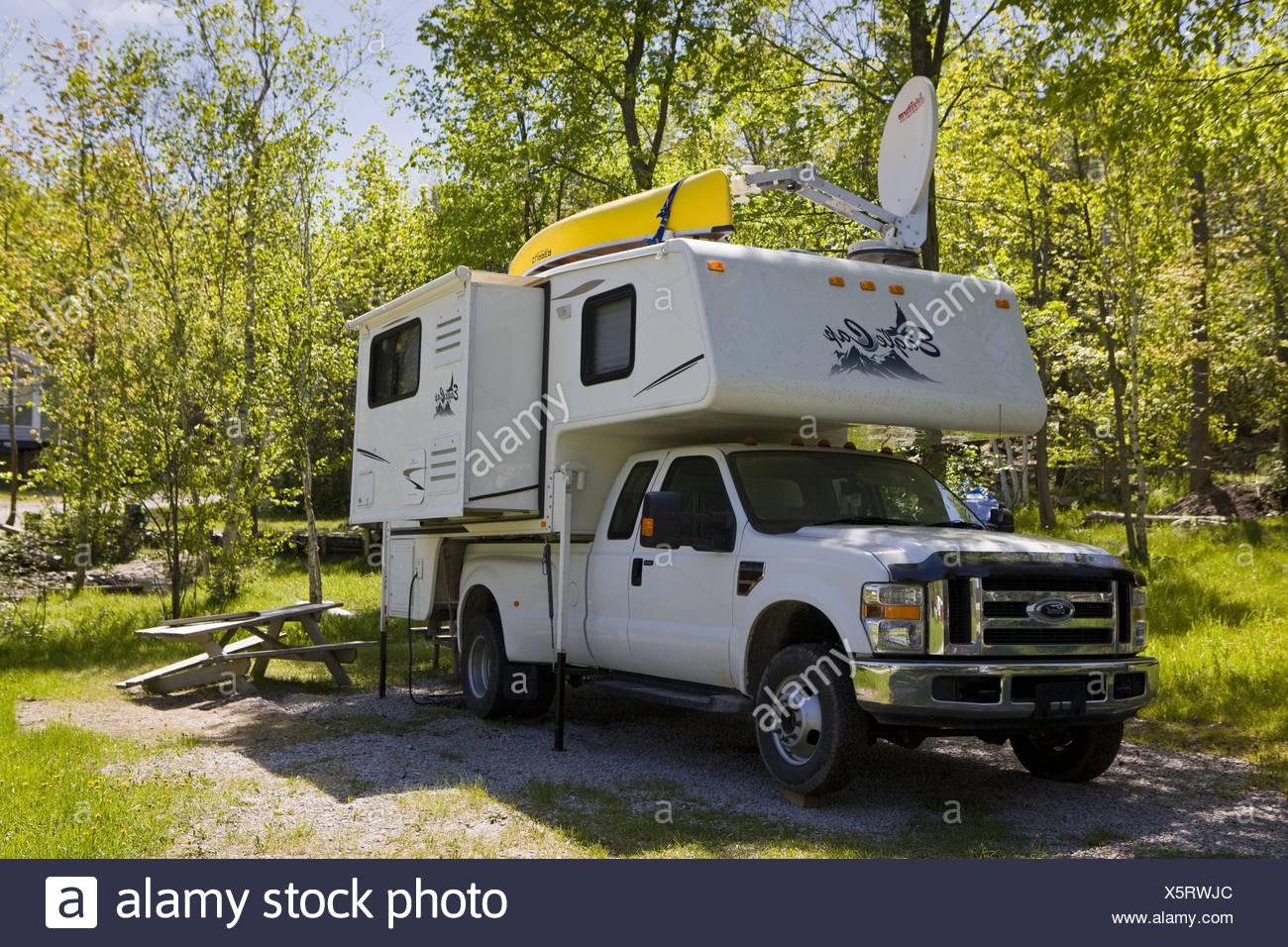 Canada, Ontario, Hidden Glen Trailer Park, Bimobil, Stock Photo
