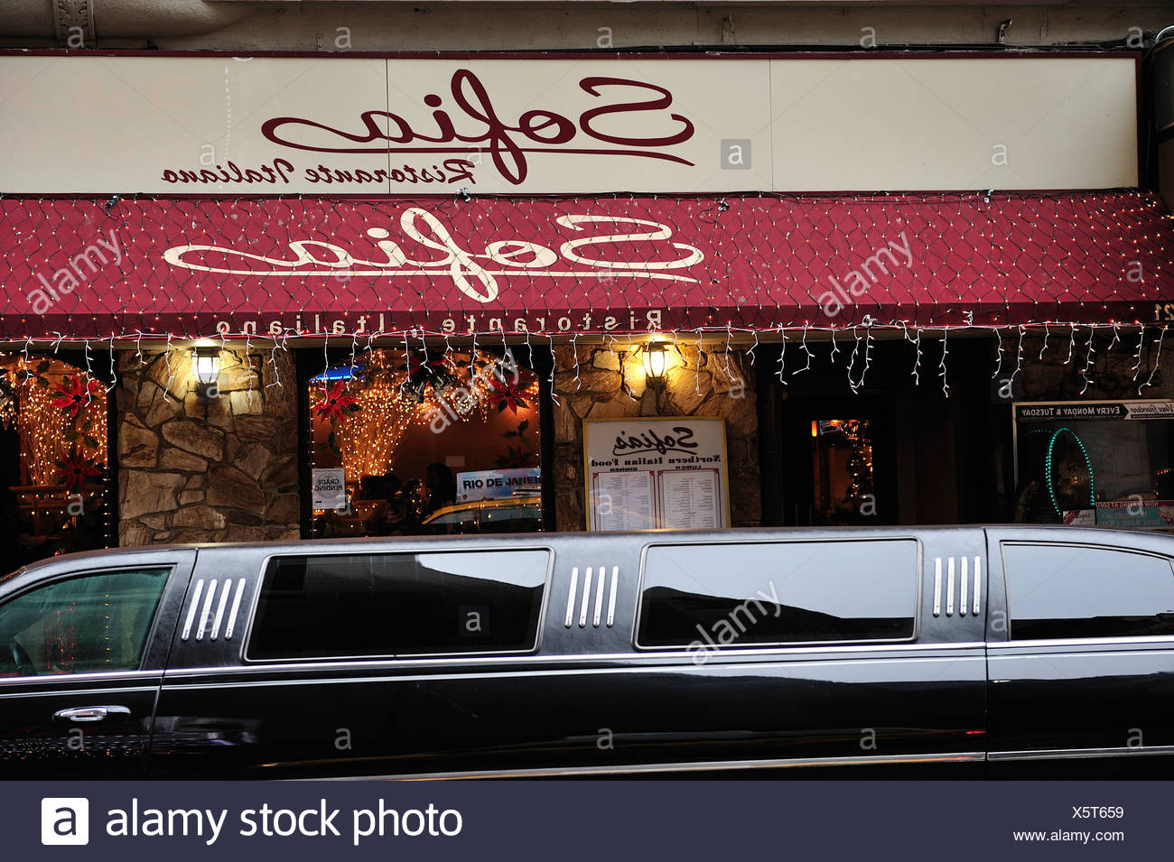 Limousine, Little Italy, Manhattan, New York, USA, United States, America, stretch, limo, - Stock Image