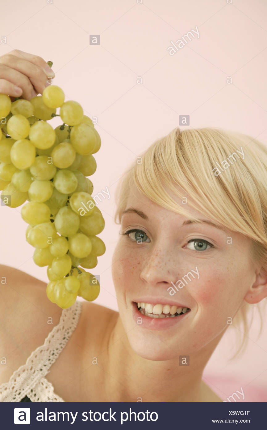 Young Persons Blond Grapes Eat Portrait 16 20 Years