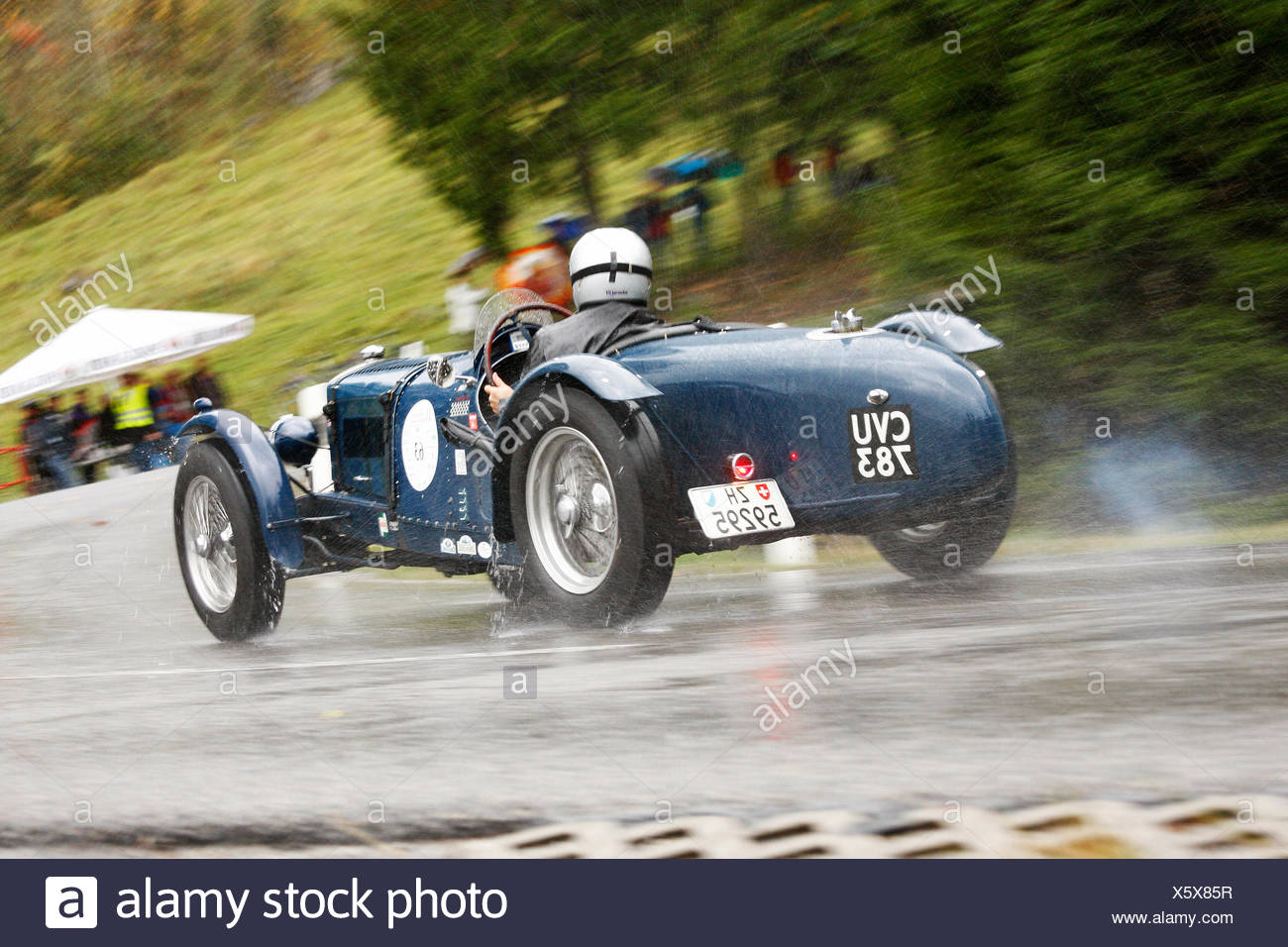 Classic car in the rain, Riley TT Sprite, built in 1936, Jochpass Memorial 2009 rally, Bad Hindelang, Bavaria - Stock Image